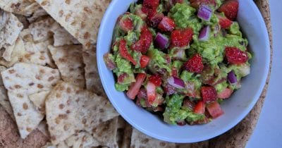 chips and strawberry guacamole