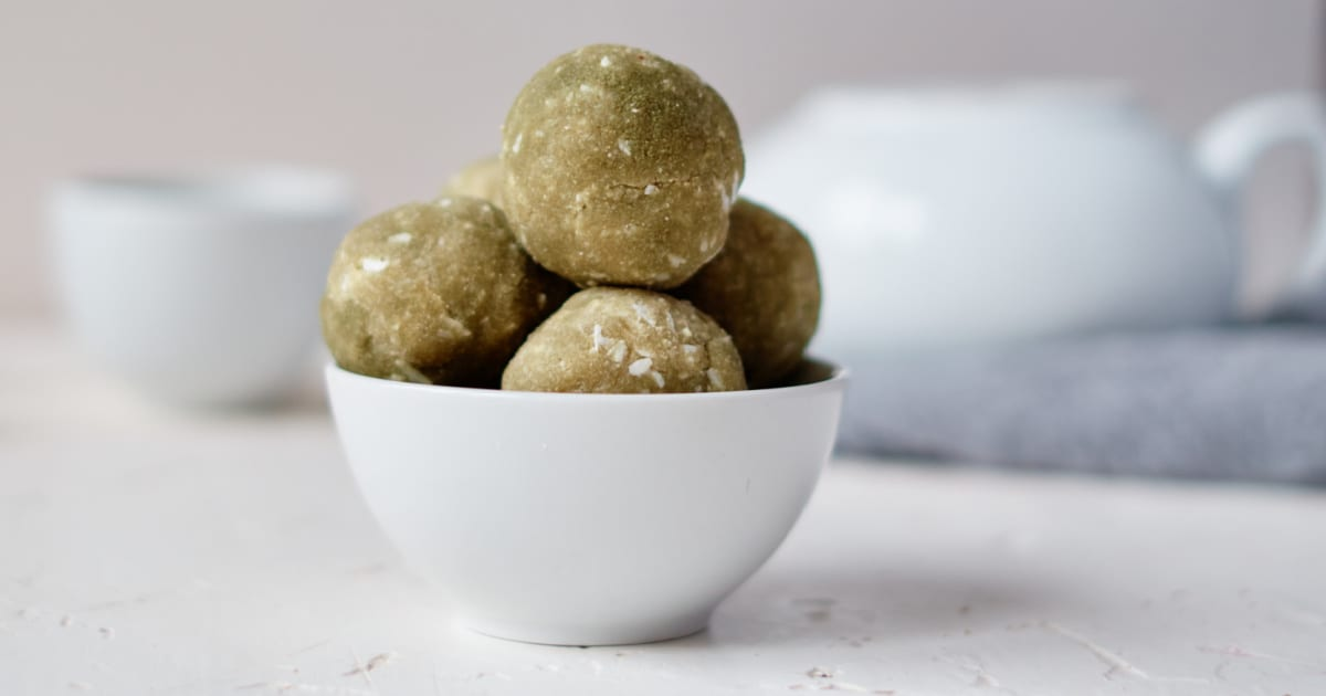 bowl of no bake matcha balls