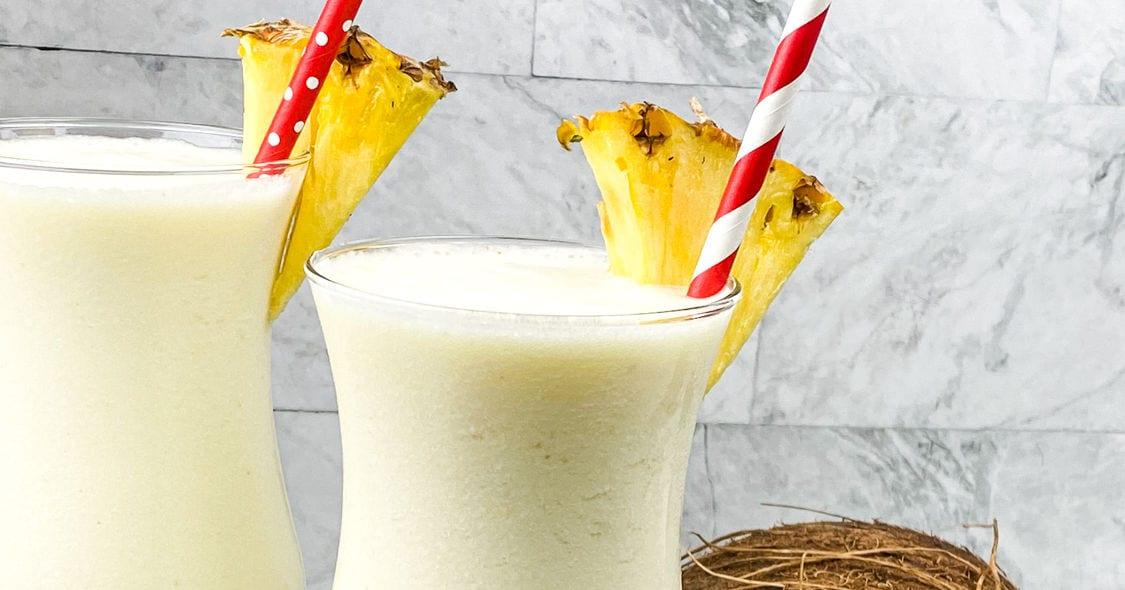 frozen pina colada cocktails