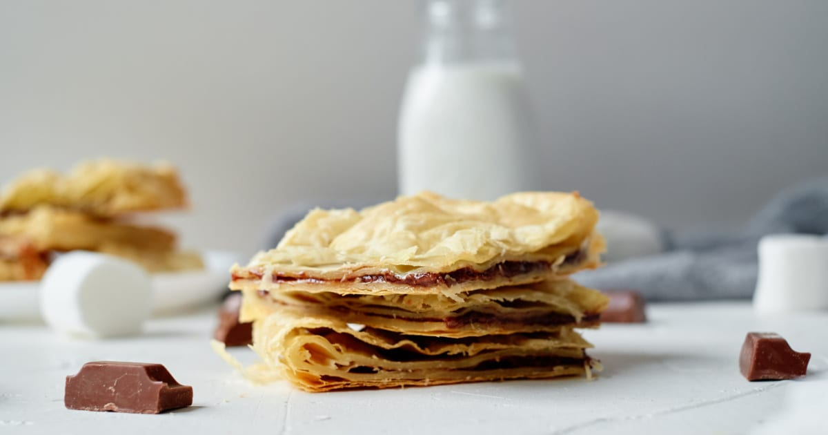 nutella smores puff pastry with milk