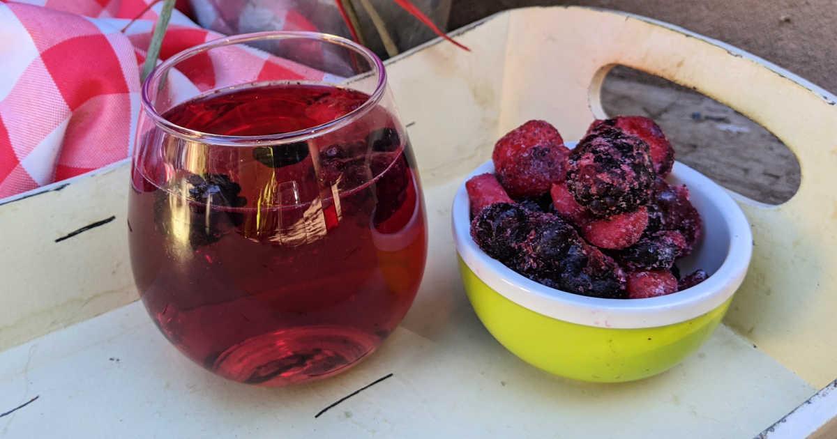 feature sweet wine spritzer