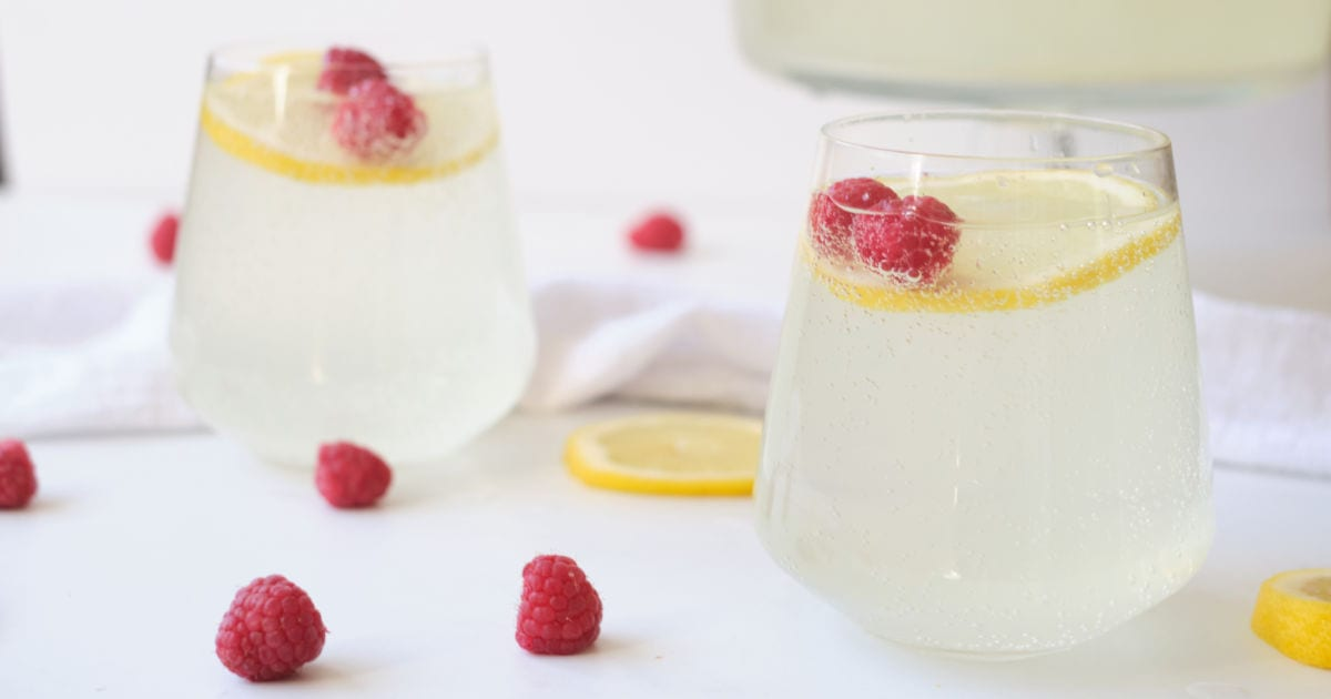2 glasses of sparkling lemon punch.