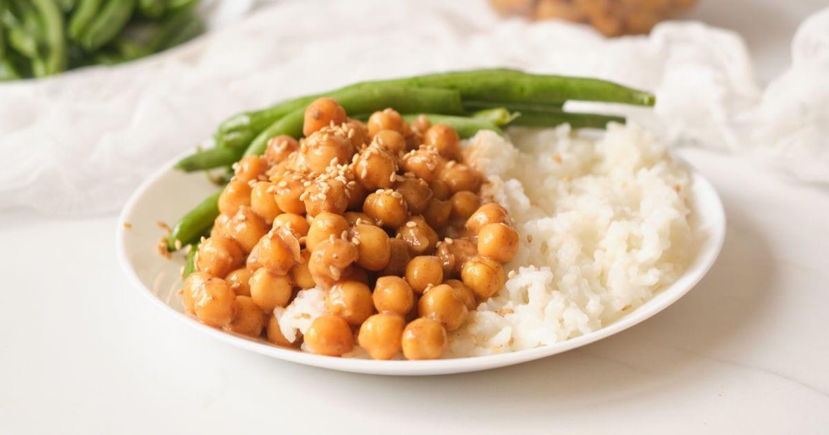 plate of hoisin chickpeas.